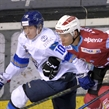 Nomad, Ritten move to final